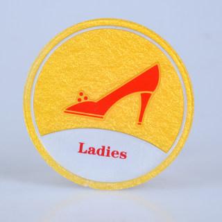赛兄纳弟 亚克力浮雕洗手间牌 X-094  圆形高跟黄色 113mm